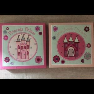 Princess hanging pictures